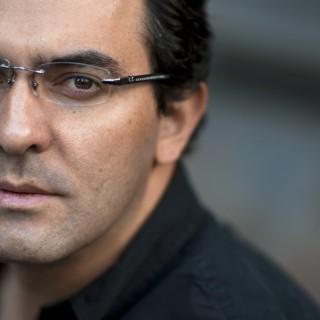 Interview with Juan Gabriel Vasquez: Contrasts, Past And Present