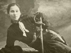 Ecaterina Teodoroiu, the Legend on Stage