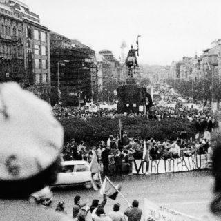 The Velvet Revolution: discussion with Pavel Seifter and Jiří Přibáň