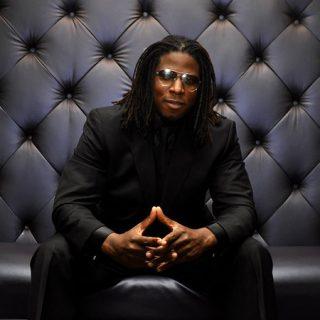 Neo Soul Singer Carmichael Musiclover