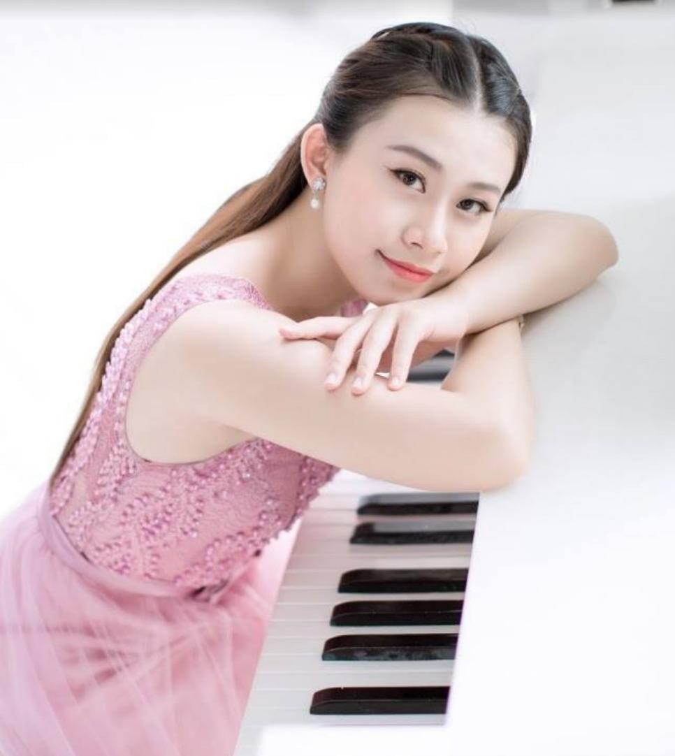 Liszt Soirée with Xuesha Hu - EUNIC UK